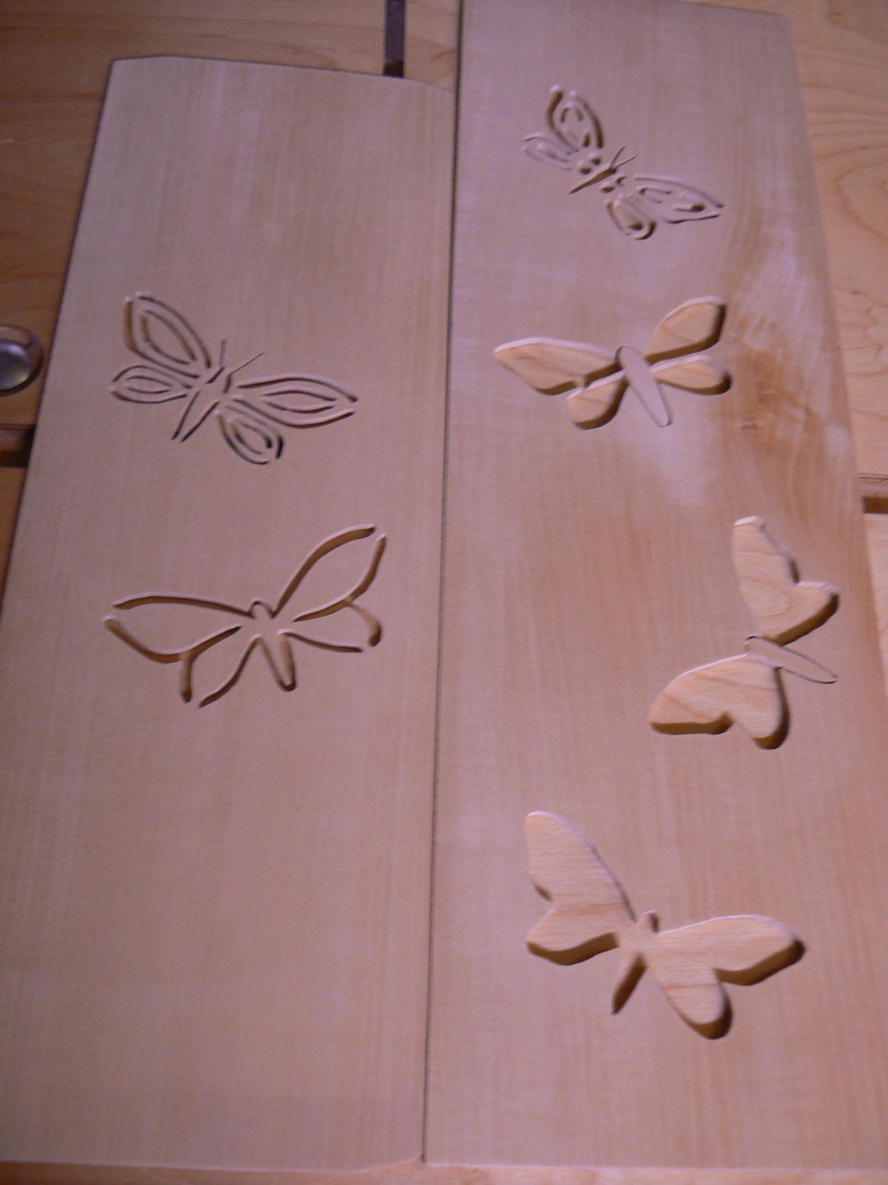 04_Seitenpaneele_mit_Schmetterlingen