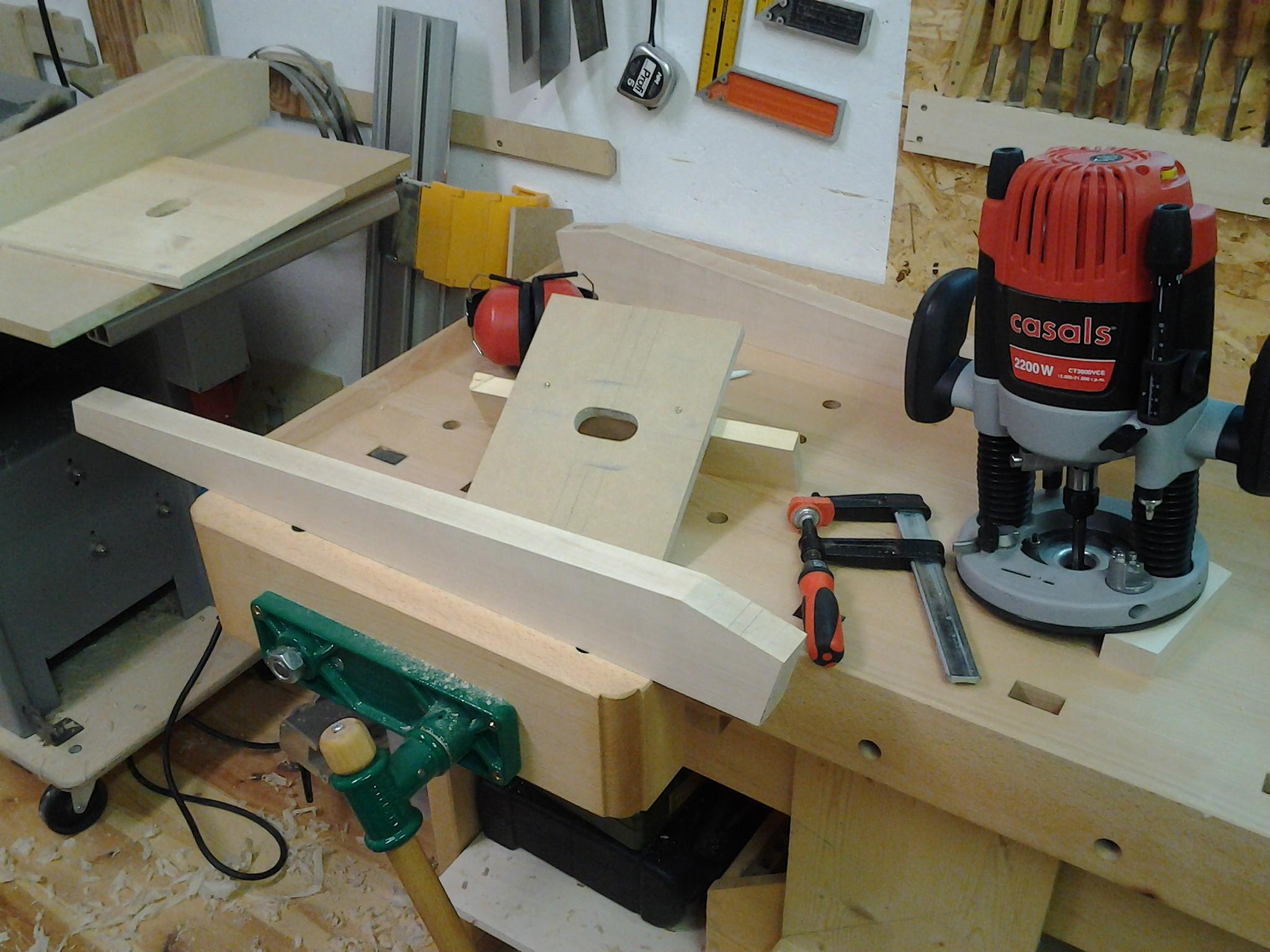 Tischbeine Holz Geschwungen ~ Die Zargen werden leicht geschwungen, dazu Schablone aus MDF